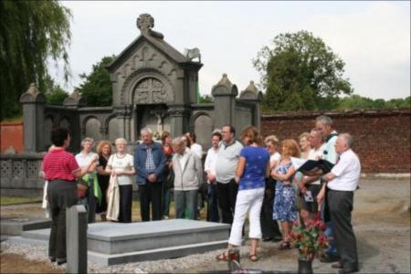 Bezoek olv Epitaaf vzw en Heemkundige Kring Vlierbeek
