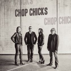 Chop Chicks - Nice Shape!